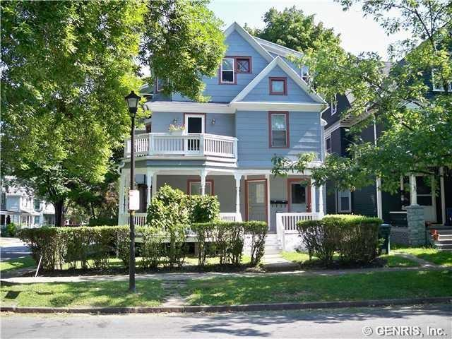 472 Pearl Street, Rochester, NY 14607 (MLS #R1204755) :: Robert PiazzaPalotto Sold Team