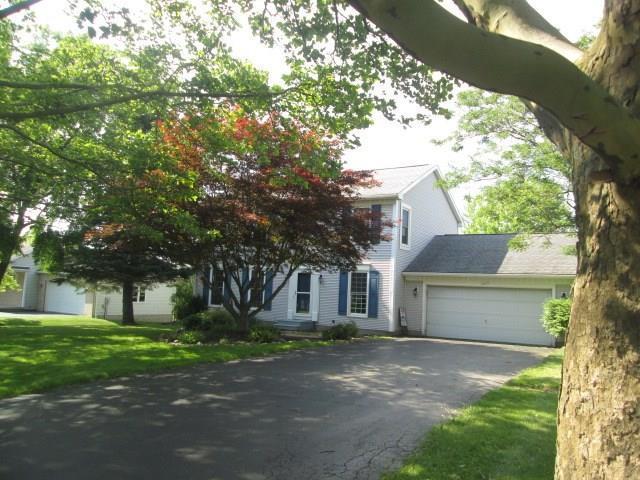 205 Tumbleweed Drive, Henrietta, NY 14534 (MLS #R1209234) :: The Rich McCarron Team