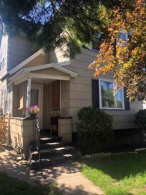 11 Bauer Street, Rochester, NY 14606 (MLS #R1227016) :: Updegraff Group
