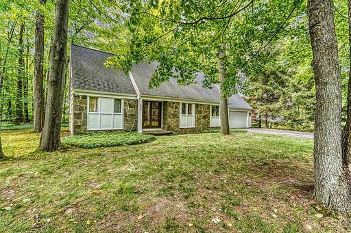 625 Shady Glen Circle, Webster, NY 14580 (MLS #R1227289) :: The CJ Lore Team | RE/MAX Hometown Choice