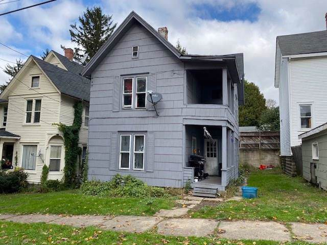 33 Price Street, Jamestown, NY 14701 (MLS #R1232087) :: Robert PiazzaPalotto Sold Team