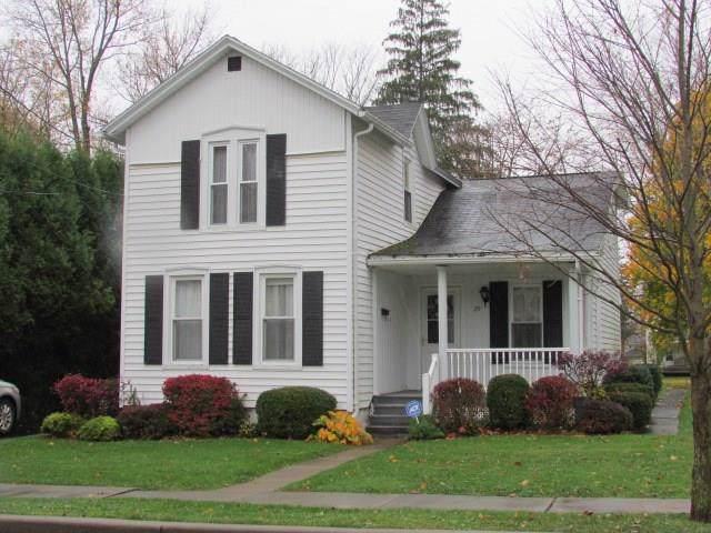 29 Maple Street, Auburn, NY 13021 (MLS #R1236091) :: Updegraff Group