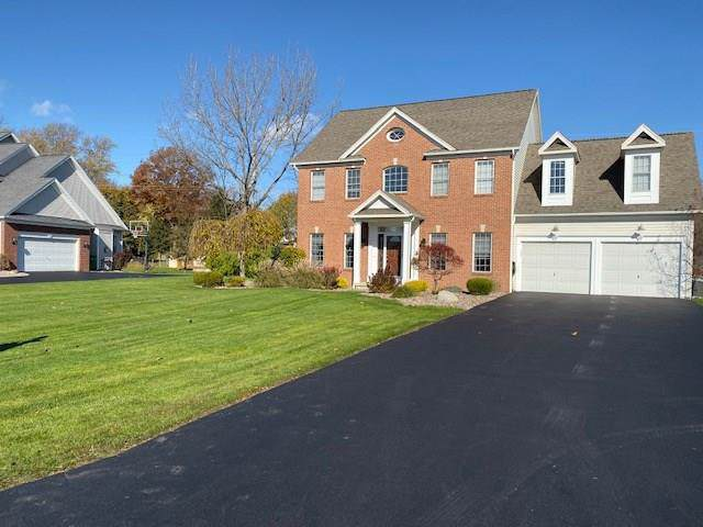 10 Harvest Walk, Penfield, NY 14580 (MLS #R1238434) :: BridgeView Real Estate Services
