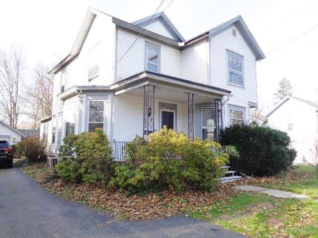 164 Temple Street, Pomfret, NY 14063 (MLS #R1240473) :: The Chip Hodgkins Team