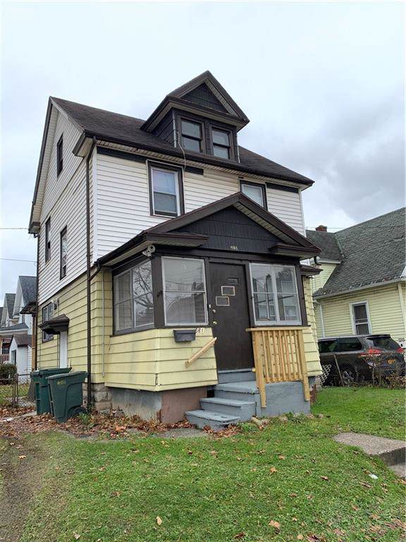 681 Emerson St, Rochester, NY 14613 (MLS #R1244636) :: The Chip Hodgkins Team