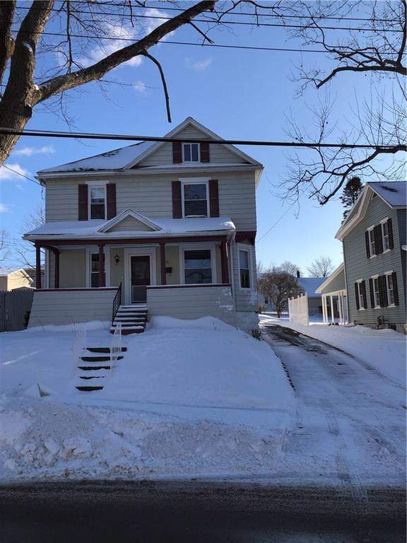 30 Grant Street, Auburn, NY 13021 (MLS #R1247704) :: Robert PiazzaPalotto Sold Team