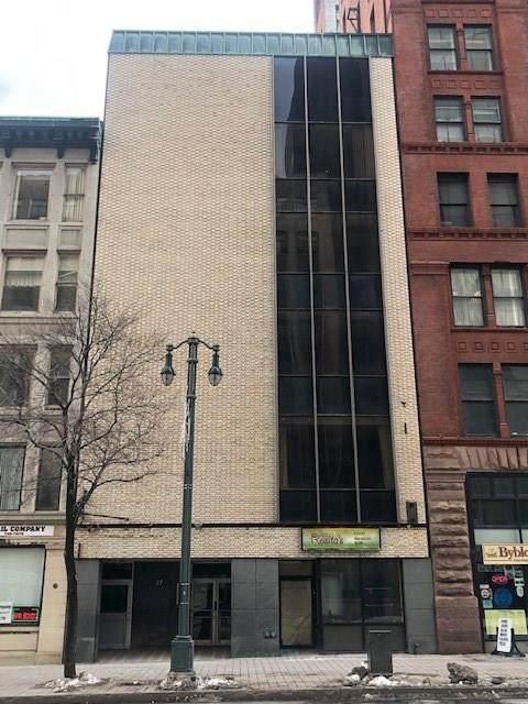 17 E Main Street, Rochester, NY 14614 (MLS #R1251713) :: The CJ Lore Team | RE/MAX Hometown Choice