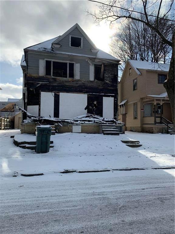 39 Locust Street #39, Rochester, NY 14613 (MLS #R1251810) :: Updegraff Group