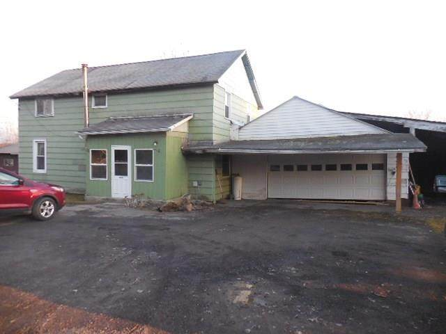 6882 Oatka Road, Perry, NY 14530 (MLS #R1257761) :: MyTown Realty