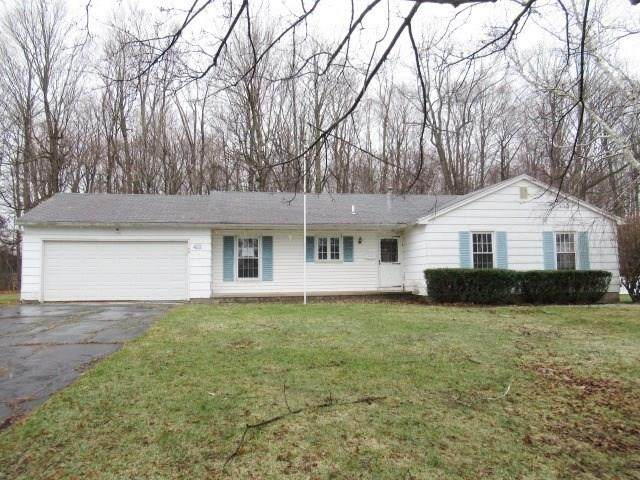 43 Sunderland, Chili, NY 14624 (MLS #R1258699) :: The CJ Lore Team | RE/MAX Hometown Choice