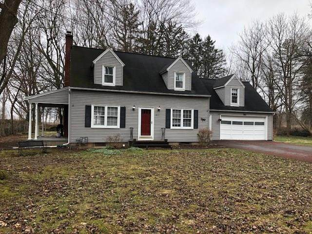 1817 Five Mile Line Road, Penfield, NY 14526 (MLS #R1259169) :: Updegraff Group