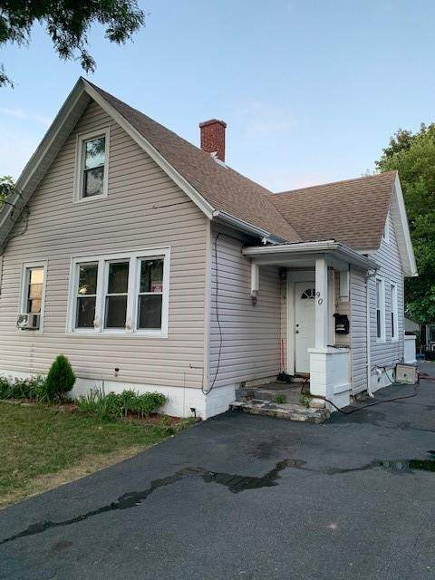 90 Lincoln Street, Rochester, NY 14605 (MLS #R1287069) :: Lore Real Estate Services