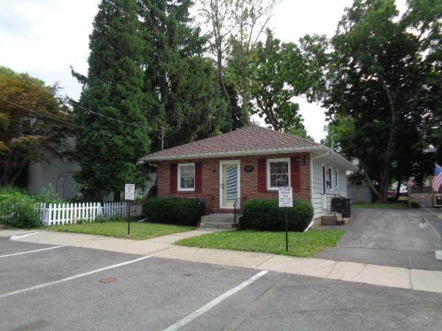 105 Washington Street, Geneva-City, NY 14456 (MLS #R1288802) :: Thousand Islands Realty