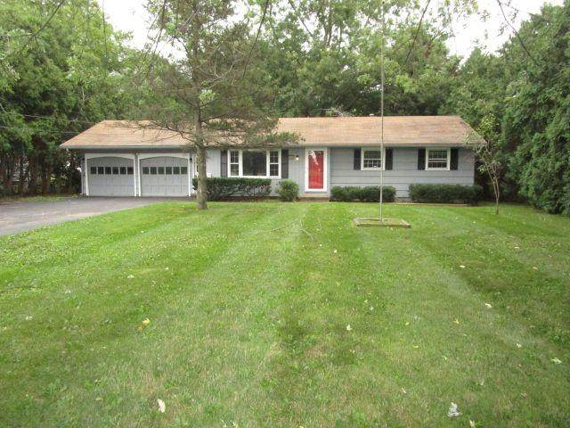 2806 S Union Street, Ogden, NY 14624 (MLS #R1292794) :: Lore Real Estate Services