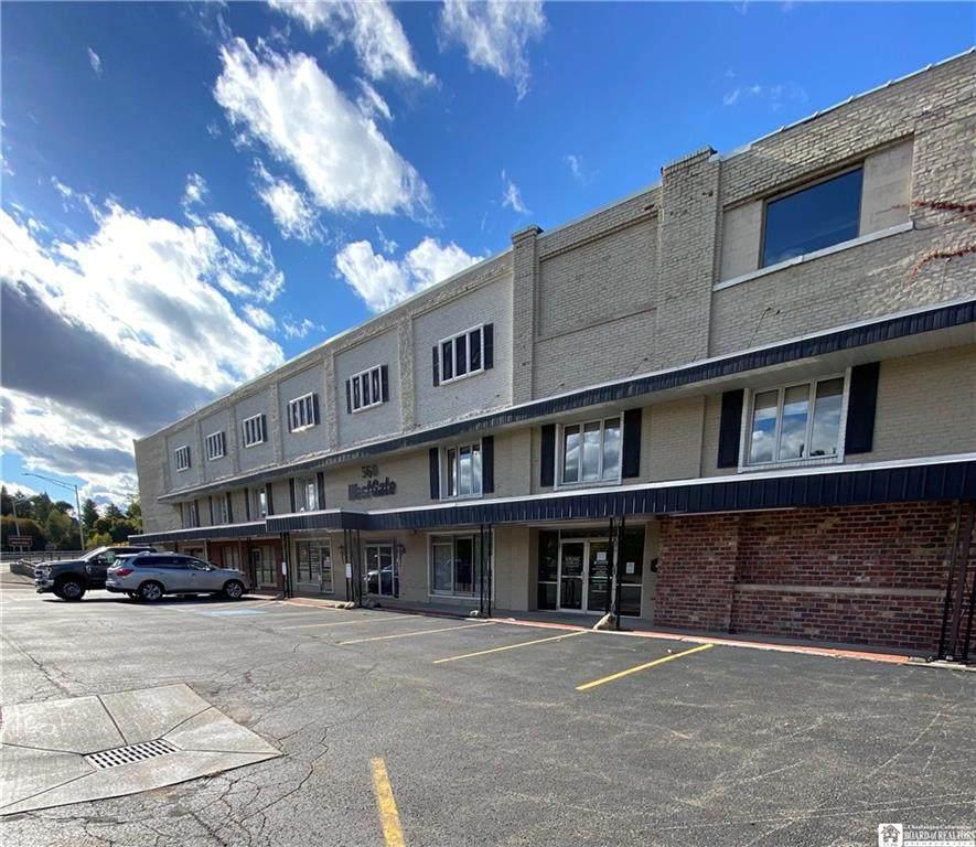 560 West 3rd St Suite 26 - Photo 1