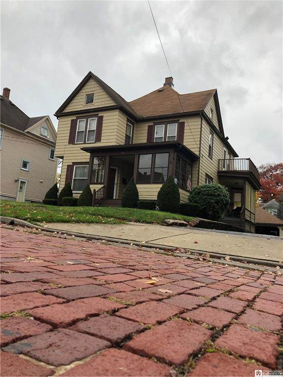 118 Park Street, Jamestown, NY 14701 (MLS #R1302938) :: 716 Realty Group