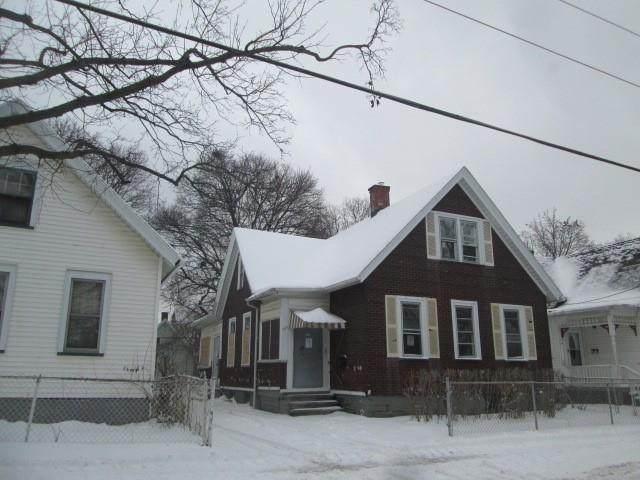 363 Avenue A, Rochester, NY 14621 (MLS #R1316913) :: Lore Real Estate Services