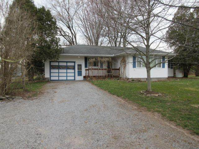5952 N Lake Road, Bergen, NY 14416 (MLS #R1326991) :: MyTown Realty