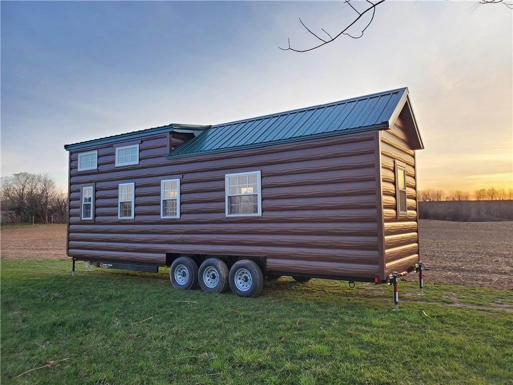 123 Tiny House - Photo 1