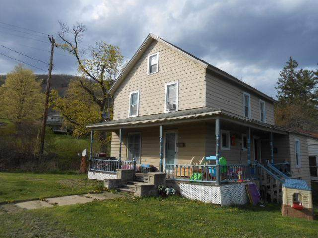 110 East Street Street, Smethport-Borough, PA 16749 (MLS #R1331558) :: Thousand Islands Realty