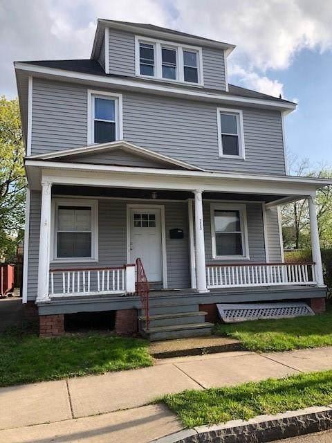 205 Henrietta Street, Rochester, NY 14620 (MLS #R1334283) :: Robert PiazzaPalotto Sold Team