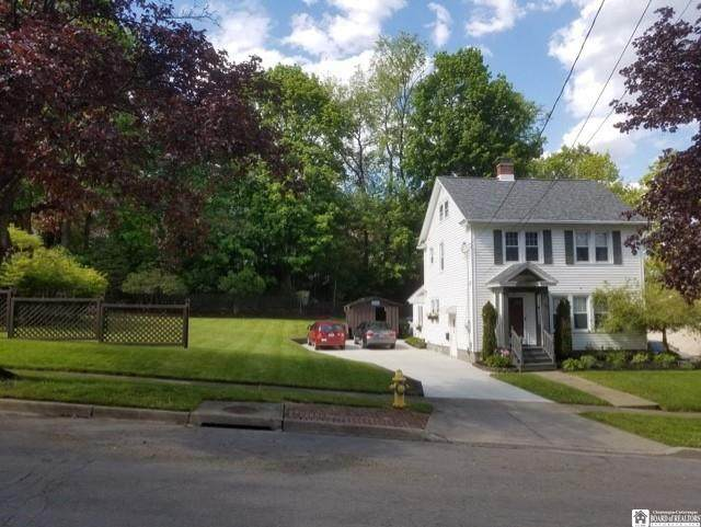 75 Campbell Avenue, Jamestown, NY 14701 (MLS #R1336551) :: BridgeView Real Estate Services