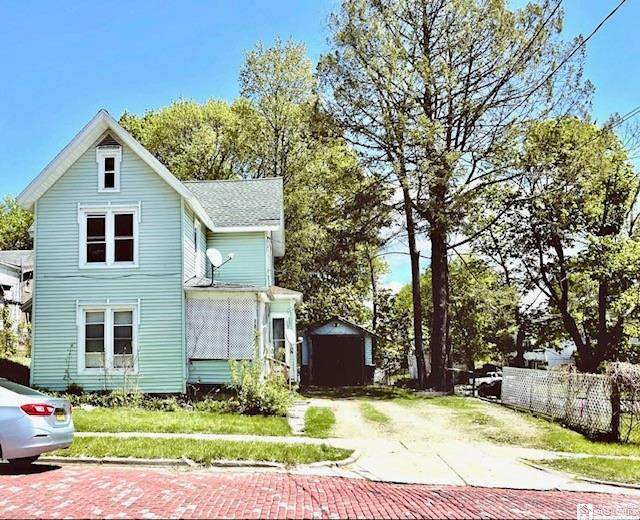 305 Sprague Street, Jamestown, NY 14701 (MLS #R1336708) :: BridgeView Real Estate Services