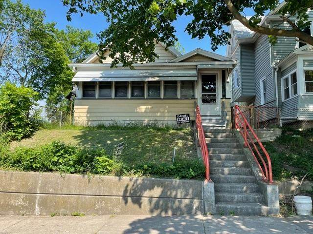50 Child Street, Rochester, NY 14611 (MLS #R1343484) :: Robert PiazzaPalotto Sold Team
