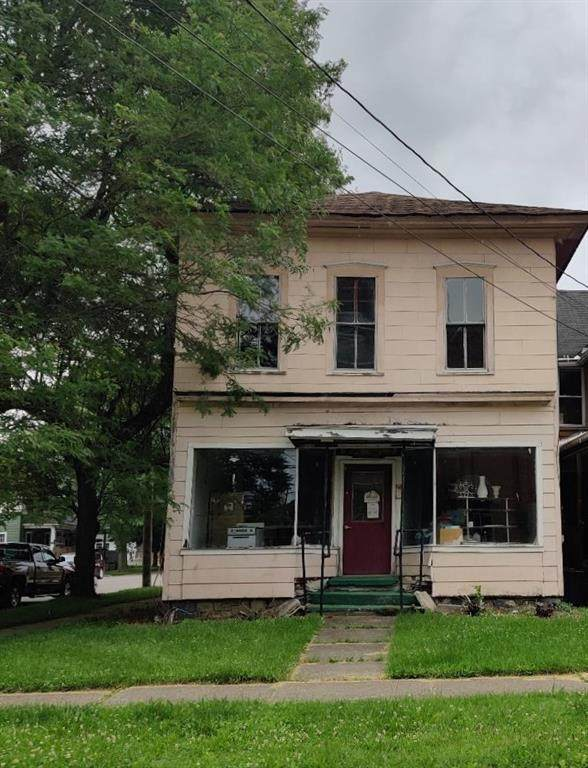 34 Erie Avenue, Hornell, NY 14843 (MLS #R1344250) :: BridgeView Real Estate Services