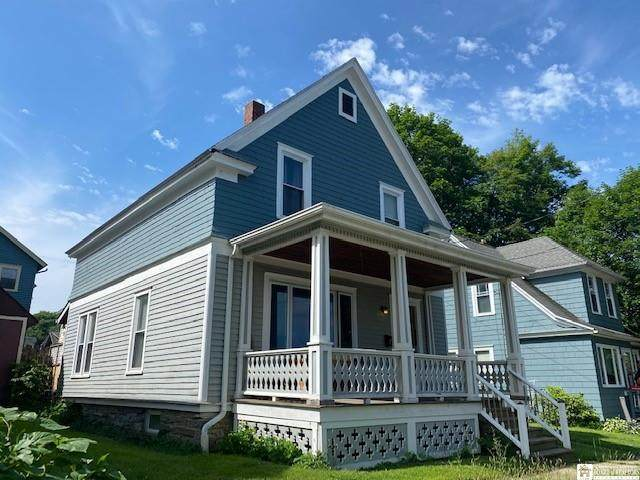 7 Forest Park, Jamestown, NY 14701 (MLS #R1346688) :: BridgeView Real Estate Services