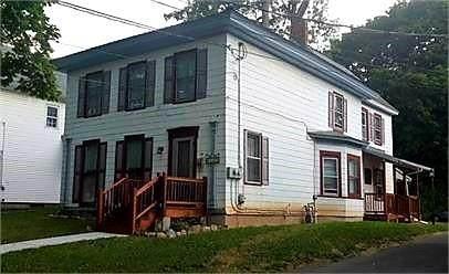 142 William Street, Geneva-City, NY 14456 (MLS #R1351351) :: BridgeView Real Estate