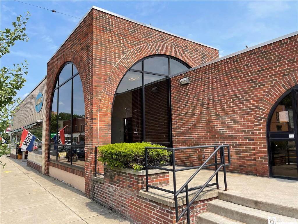 50 Main Street, Office 1 Storefront - Photo 1