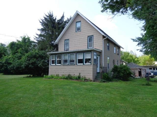3105 Lake Road N, Clarkson, NY 14420 (MLS #R1353855) :: Robert PiazzaPalotto Sold Team