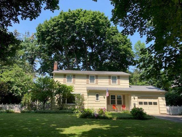 45 Gramercy Park, Rochester, NY 14610 (MLS #R1355052) :: BridgeView Real Estate Services