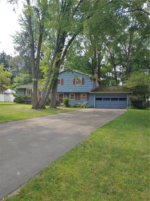 3 Sandy Hill Drive, Perinton, NY 14450 (MLS #R1356129) :: MyTown Realty