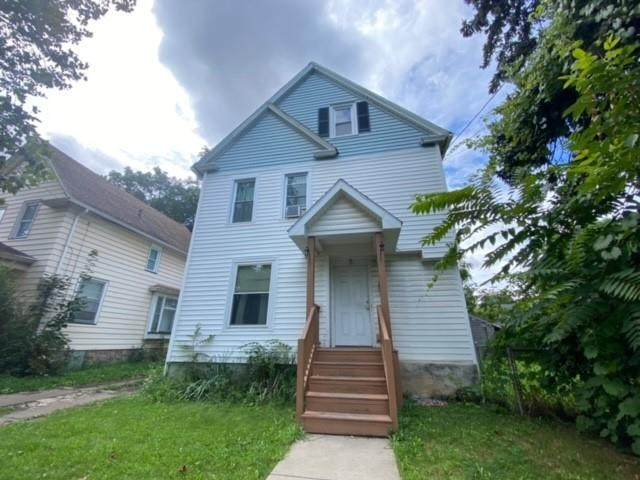 9 8th Street, Rochester, NY 14609 (MLS #R1361629) :: Robert PiazzaPalotto Sold Team