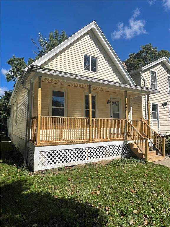 420 Champlain Street, Rochester, NY 14611 (MLS #R1367141) :: Robert PiazzaPalotto Sold Team