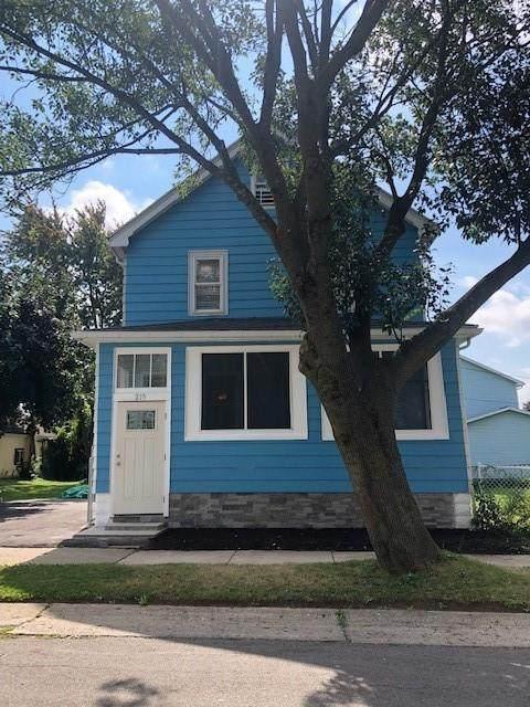 215 Bergen Street, Rochester, NY 14606 (MLS #R1367167) :: BridgeView Real Estate