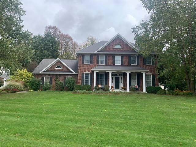 1564 Fallen Leaf, Webster, NY 14580 (MLS #R1373458) :: Lore Real Estate Services