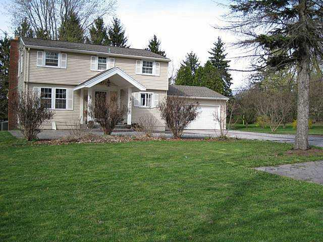 2006 Penfield Rd, Penfield, NY 14526 (MLS #R193559) :: Robert PiazzaPalotto Sold Team