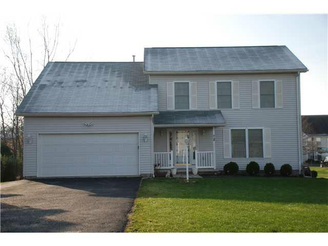 72 Seabury Blvd, Penfield, NY 14580 (MLS #R195599) :: Robert PiazzaPalotto Sold Team