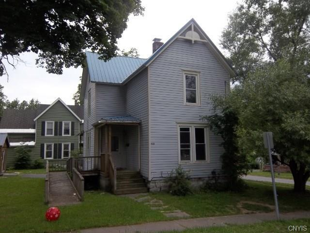 435 W Mullin Street, Watertown-City, NY 13601 (MLS #S1058166) :: BridgeView Real Estate Services