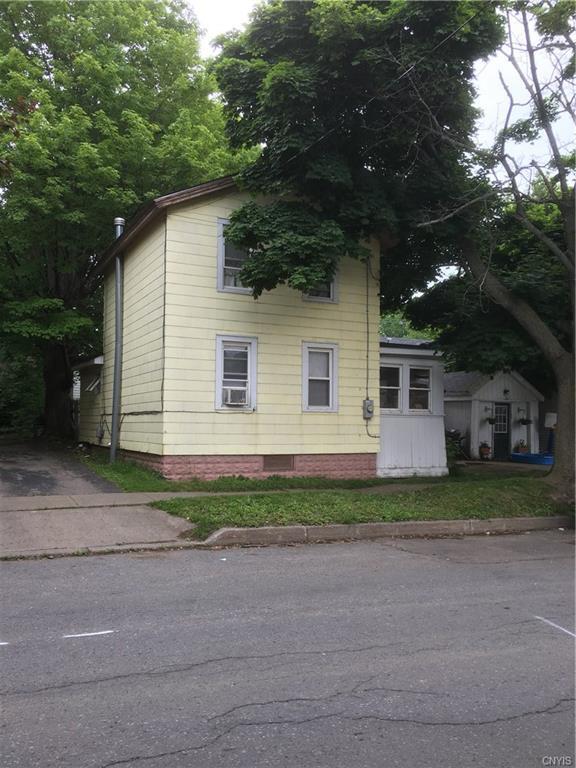 21 Porter Street, Oswego-City, NY 13126 (MLS #S1058324) :: BridgeView Real Estate Services