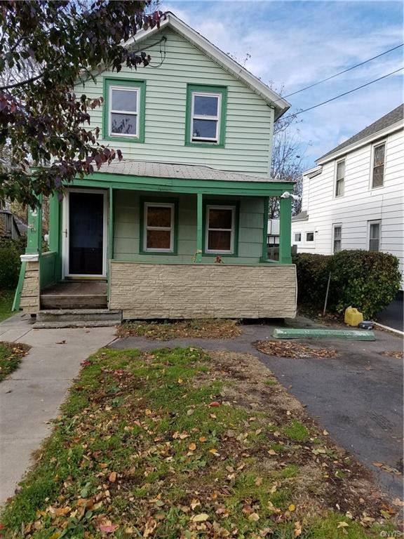 525 Lemoyne Avenue, Syracuse, NY 13208 (MLS #S1086463) :: Thousand Islands Realty