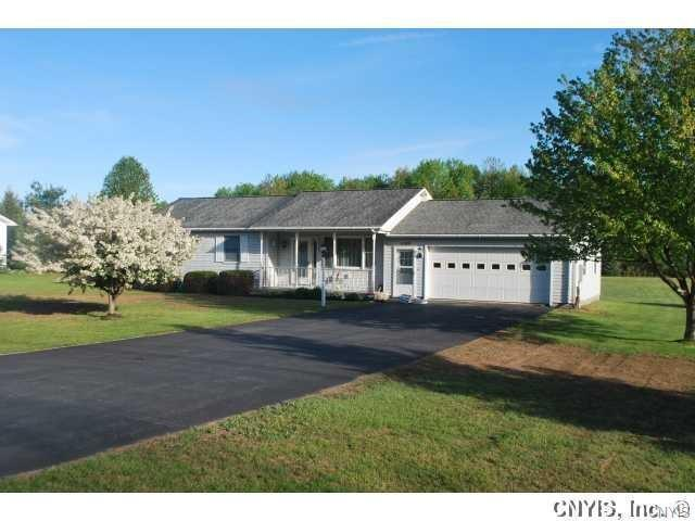 14389 Military Road, Hounsfield, NY 13685 (MLS #S1087882) :: BridgeView Real Estate Services