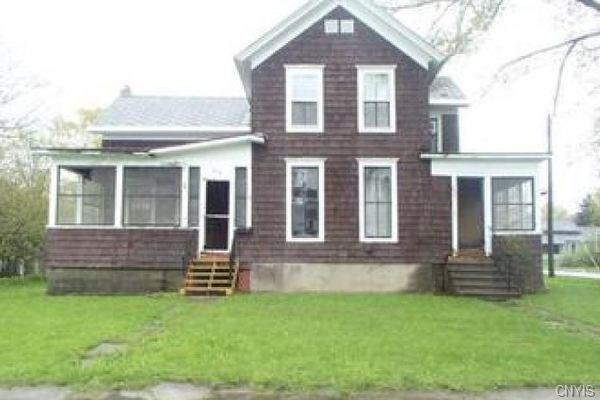 234 N Hamilton Street, Watertown-City, NY 13601 (MLS #S1094090) :: Thousand Islands Realty