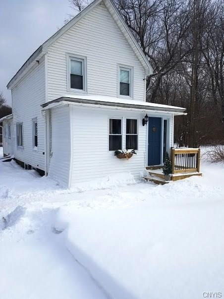 100 County Route 31, Minetto, NY 13126 (MLS #S1097901) :: Thousand Islands Realty