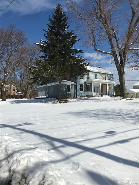 2804 Genesee Street W, Geddes, NY 13219 (MLS #S1101640) :: Thousand Islands Realty