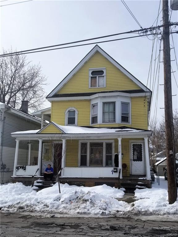 1115 Park Street, Syracuse, NY 13208 (MLS #S1103847) :: Thousand Islands Realty