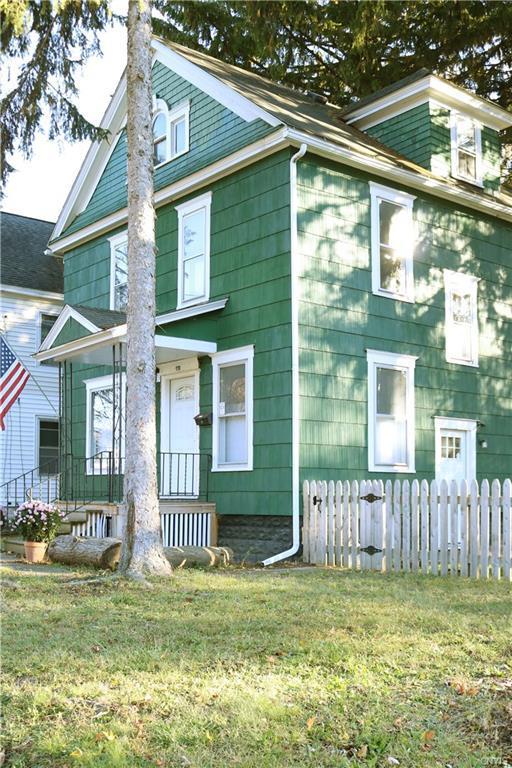 361 Hillview Avenue, Syracuse, NY 13207 (MLS #S1110333) :: Thousand Islands Realty